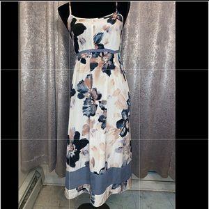 Gorgeous Simply Vera Wang Dress